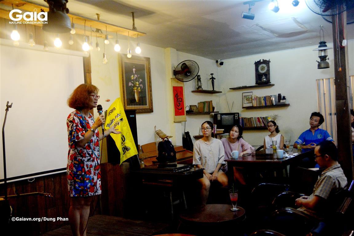 Chị Đỗ Thị Thanh Huyền - Giám đốc Trung tâm Bảo tồn Thiên nhiên Gaia nói chuyện về Du lịch Xanh.