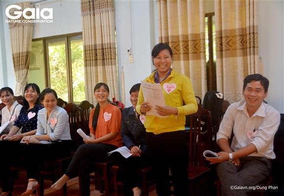 Hào hứng giới thiệu bản thân tại lớp tập huấn.