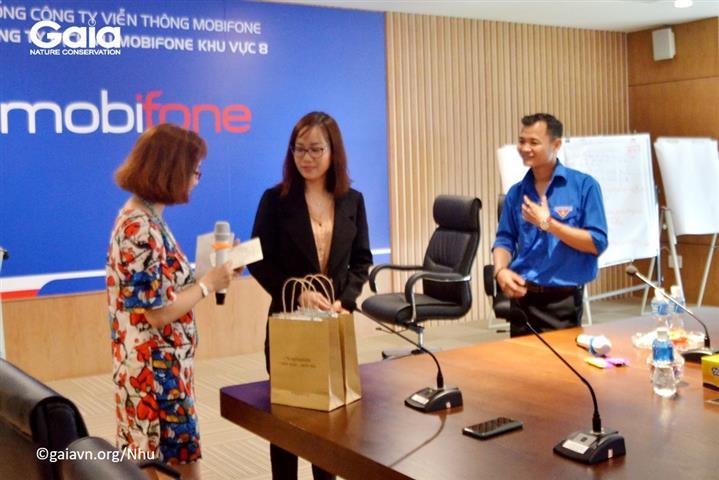 Hai đại sứ Sống Xanh do các nhân viên MobiFone bầu chọn