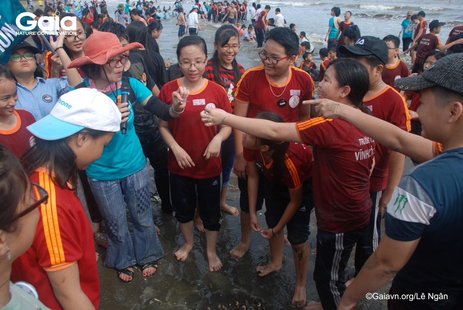 Nghiên cứu động vật biển