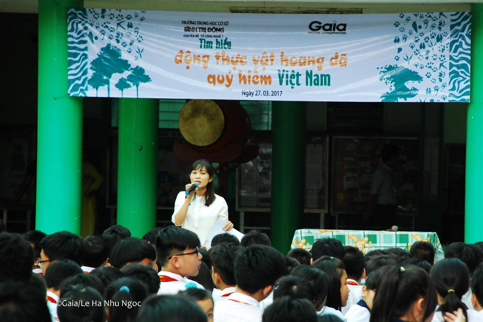 Bà Ngân (Cán bộ dự án của trung tâm Gaia) nói về chủ đề Động thực vật hoang dã quý hiếm