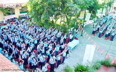 Hơn 800 em học sinh được giáo dục nhận thức về tầm quan trọng của cây xanh.