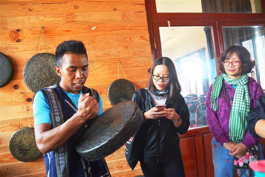 Tìm hiểu văn hóa người K'Ho.