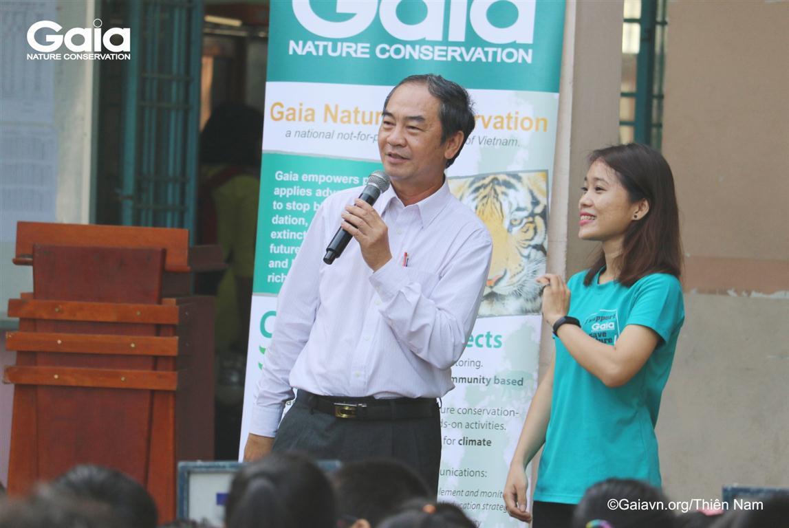 i diện nhà trường phát biểu tại chương trình