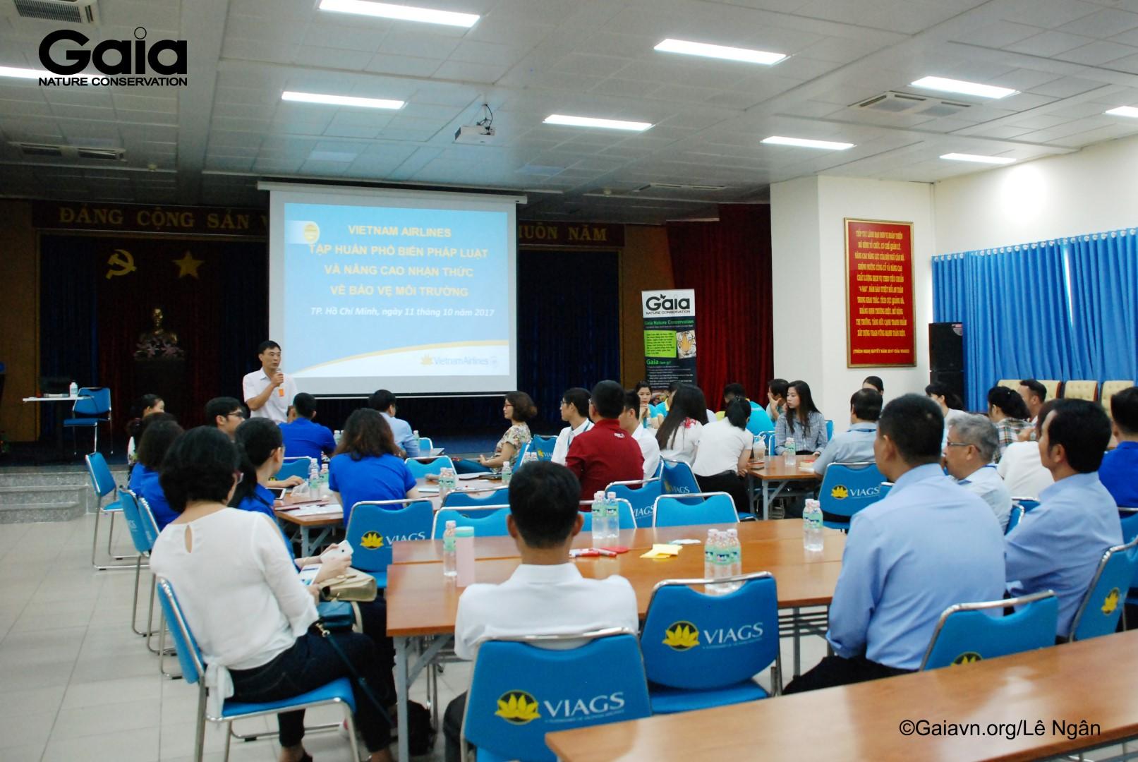 Mr.Nguyễn Đình Đàn - Phó Trưởng phòng Đảm bảo An toàn Chất lượng khai thác mặt đất - Ban An toàn Chất lượng – Vietnam Airlines khai mạc tập huấn.