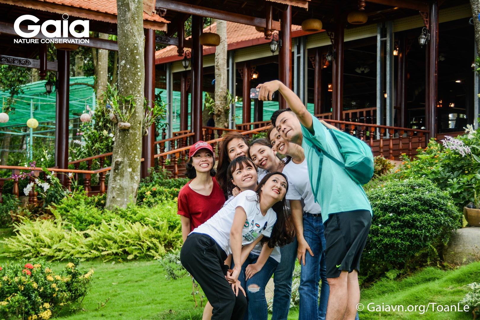 Thích thú ghi lại những cảnh đẹp tại Đảo Ó – Đồng Trường.