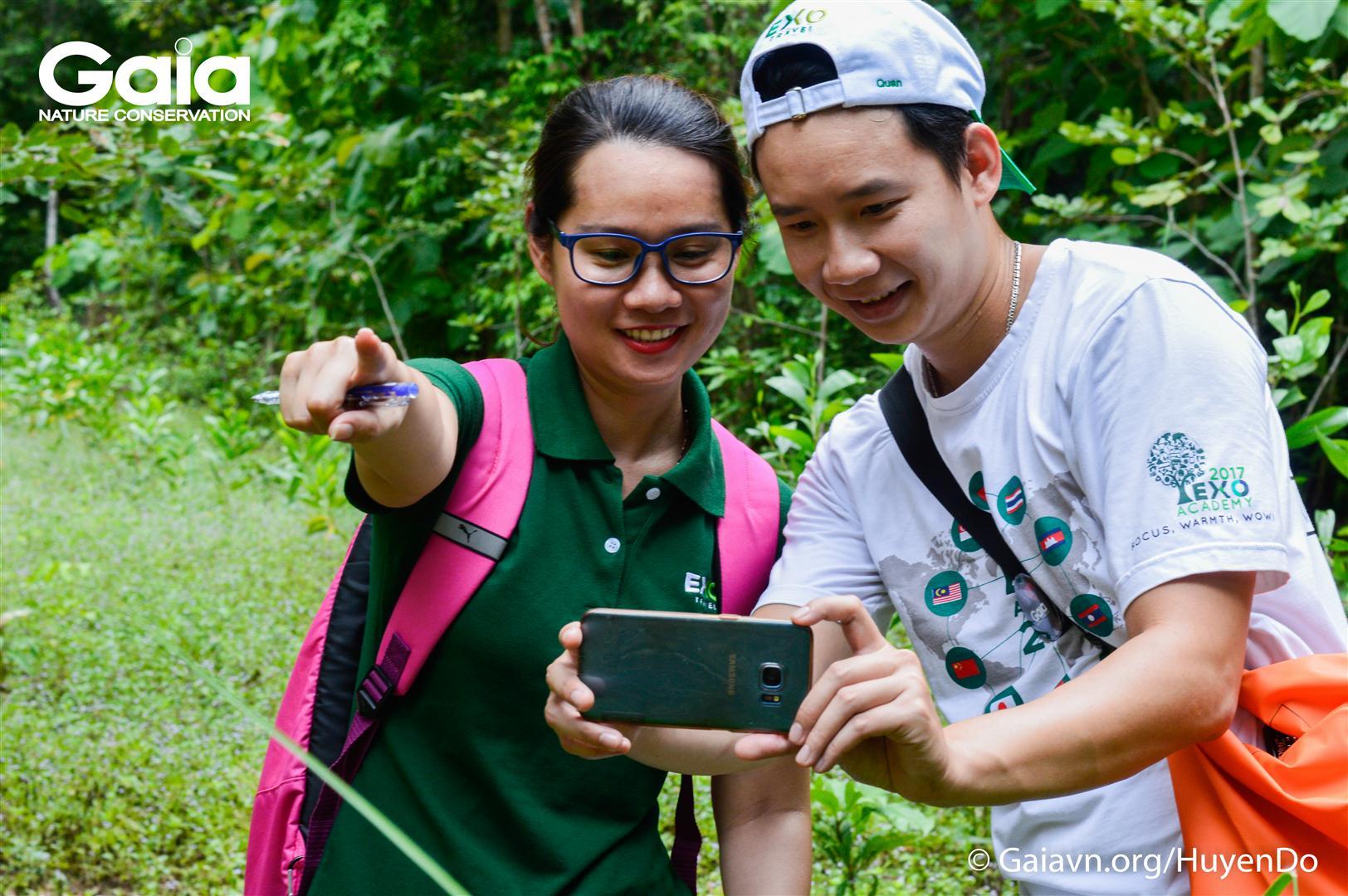 Chụp ảnh giám sát rừng