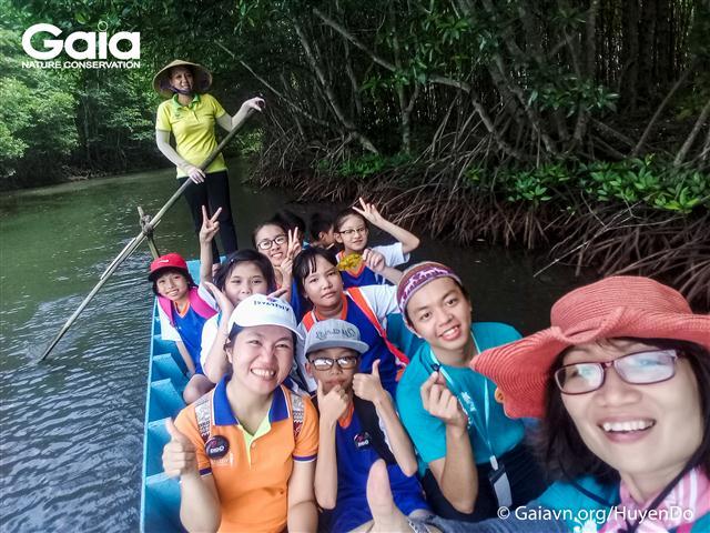 Bà Đỗ Thị Thanh Huyền – Nhà sáng lập - Giám đốc Gaia người xây dựng và chỉ đạo thực hiện Hành trình Khám phá nguồn nước..